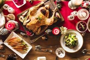 Familienweihnachtsfest Tisch